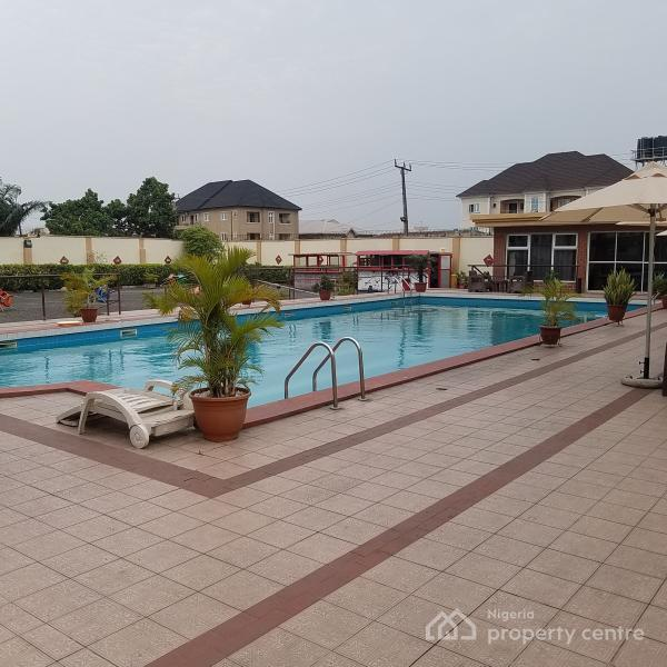 an Exquisite Large Pool Party and Accommodation, Close Dominion City Church, Abraham Adesanya Estate, Ajah, Lagos, Flat Short Let