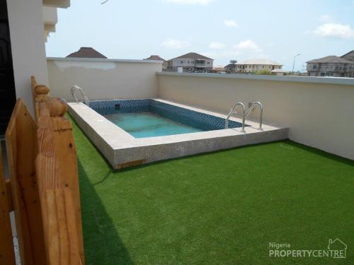 For sale luxury 5 bedroom detached house with swimming for 6 bedroom house with swimming pool for sale