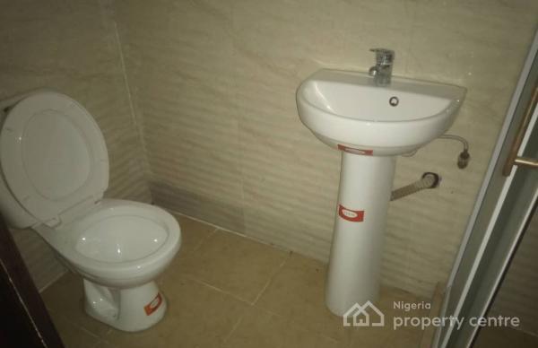 4 Bedroom Detached Duplex, Gra, Magodo, Lagos, Semi-detached Duplex for Rent
