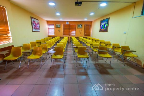 Auditorium, Seminar Room,  Computer Training Room, Multimix Academy, Tapa House 3rd Floor, Imam Dauda Street, By Sunflag, Eric Moore, Surulere, Lagos, Conference / Meeting / Training Room for Rent