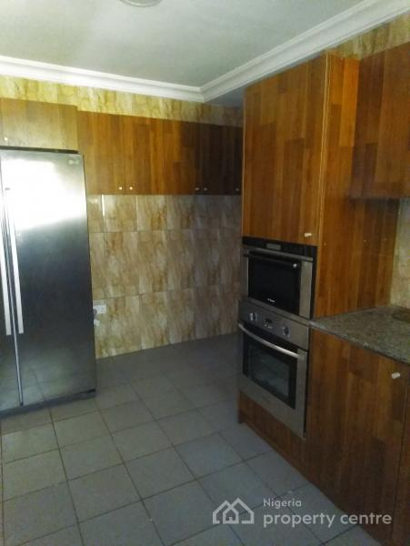 Well Finished 3 Bedroom with Bq, Wuse 2, Abuja, Flat for Rent