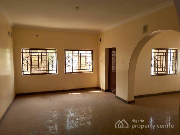 Tastefully Finished 2 Bedroom Serviced Flat,with Bq ,stand By Gen, En Suite, Pop, Spacious Compound, Cooker, Extractor, Area 11, Garki, Abuja, Flat for Rent