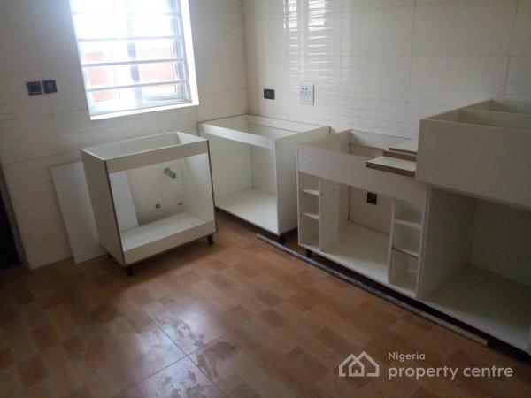 Luxury Newly Built 4 Bedroom Terrace Duplex