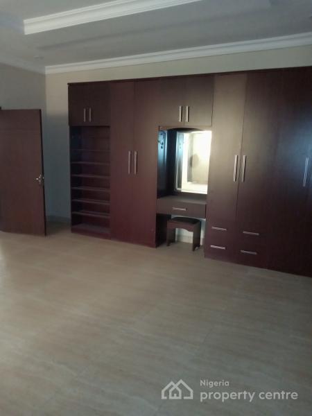 a Five Bedroom Semi Detached House with  Bq, Oniru, Victoria Island (vi), Lagos, Semi-detached Duplex for Sale