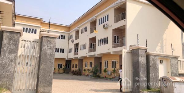 4 Bedroom Terrace, Not Far From Stella Maris College, Life Camp, Gwarinpa, Abuja, Terraced Duplex for Sale