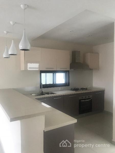 Nicely Built 2 Bedroom Apartment, Osapa, Lekki, Lagos, Block of Flats for Sale