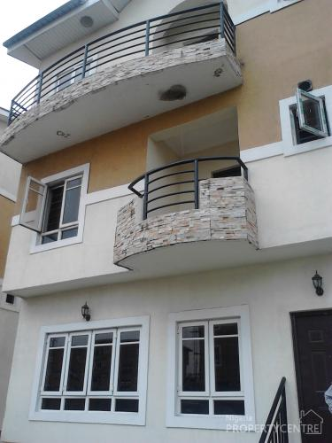 For rent executive serviced 4 bedroom terrace town house for Terrace house boys