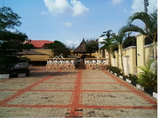 Luxury Mansion with Chalets, Jericho Gra, Jericho, Ibadan, Oyo, Detached Duplex for Sale