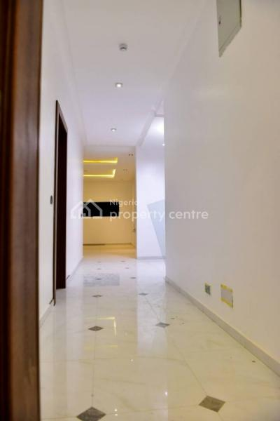 Executive 3 Bedroom Flat with a Room Bq, Is Inside Yabatec Quarters, Saint Agnes, Yaba, Lagos, Flat for Rent