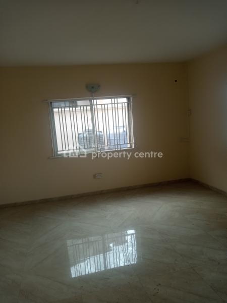 4 Bedroom Flat, Babs Animashaun Exit, Adelabu, Surulere, Lagos, Detached Bungalow for Rent