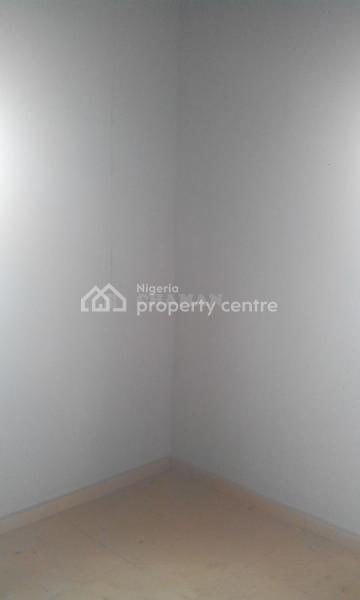 2 Bedroom Flat, Magboro, Ogun, Flat for Rent