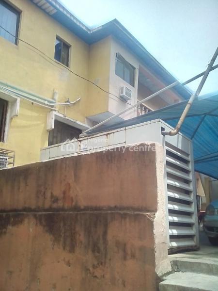 Hotel, Off Grammar School, Aina Road,  By Olaleke Taiwo, Ojodu Berger, Ojodu, Lagos, Hotel / Guest House for Sale