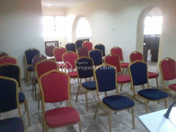 Seminar Hall, The Glass House, 1 Adegbeyeni Street Off Allen Avenue Ikeja Behind Old Alade Market, Allen, Ikeja, Lagos, Conference / Meeting / Training Room for Rent