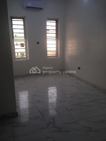 4 Bedroom Semi Detached, Ikota Villa Estate, Lekki, Lagos, Semi-detached Duplex for Sale