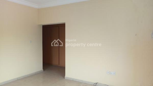 Three Bedroom Flat, Lekki Phase 1, Lekki, Lagos, Flat for Rent
