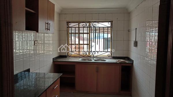 Two Bedroom Flat, Lekki Phase 1, Lekki, Lagos, Flat for Rent
