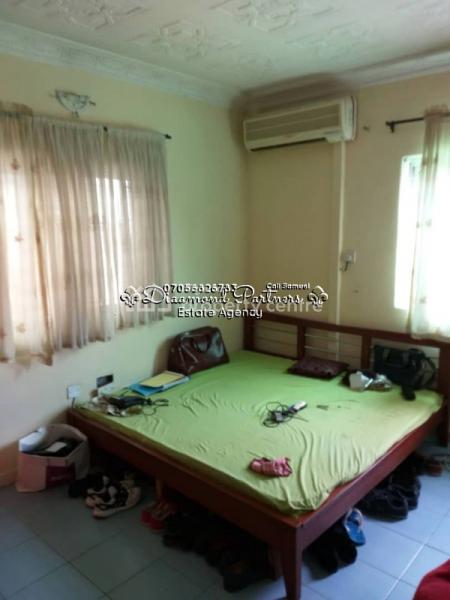 4 Bedroom Semi Detached, Off Fola Osibo, Lekki Phase 1, Lekki, Lagos, Semi-detached Duplex for Sale