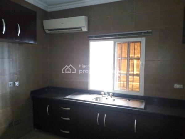5 Bedroom Flat, Sabo, Yaba, Lagos, Flat for Rent