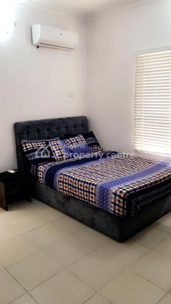 an En Suite Furnished Room in a Shared 3 Bedroom Flat, Off Circle Mall Road, Osapa, Lekki, Lagos, Self Contained (single Rooms) for Rent