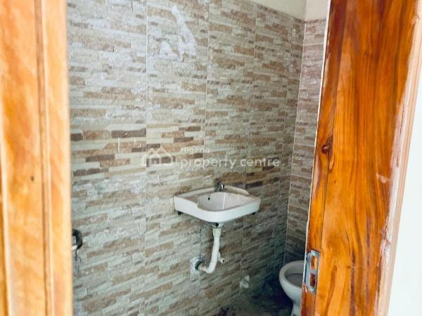 Luxury 3 Bedroom Flat and a Bq, Elf Junction, Lekki Phase 1, Lekki, Lagos, Flat for Rent