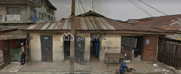 an Old Building Demolish-able, Market Street, Onipanu, Shomolu, Lagos, Detached Bungalow for Sale