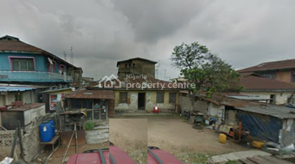an Old Bungalow, Off Apata Street, Akeju, Onipanu, Shomolu, Lagos, Detached Bungalow for Sale