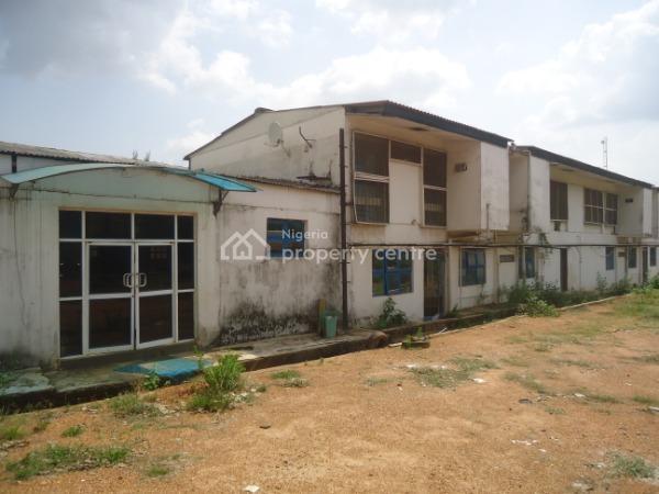 Warehouse on Ample Grounds, Fayemi Close, Off Ring Road/iyaganku Link Road, Iyaganku, Ibadan, Oyo, Warehouse for Sale
