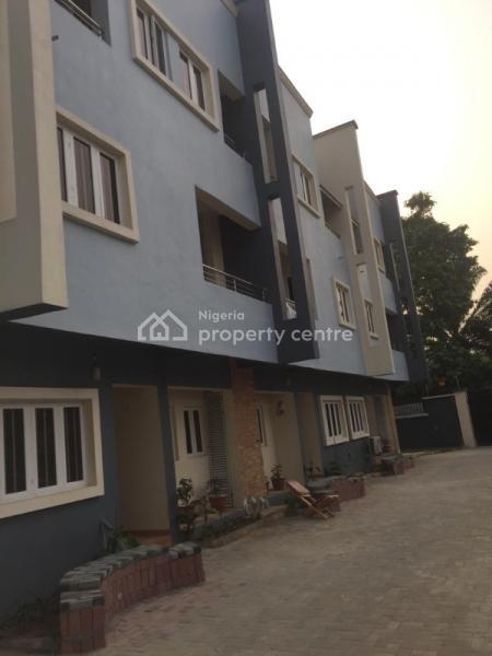 4 Bedroom Terraced with Bq, Conservation Road, Chevron, Lafiaji, Lekki, Lagos, Terraced Duplex for Sale