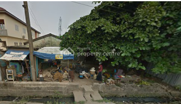 a Demolish-able Bungalow on Full Plot, Off Unilag Road, Abule Oja, Yaba, Lagos, Detached Bungalow for Sale
