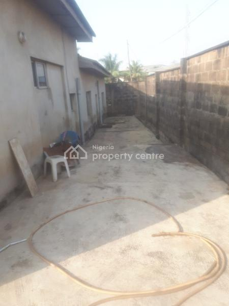4 Bedroom Bungalow, Off Nurudeen Oshodi Street, Off Celestial Avenue, Ibafo, Ogun State., Ibafo, Ogun, Detached Bungalow for Sale