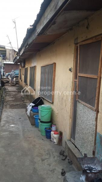 12 Rooms Tenement Bungalow, Off Idimu Ejigbo Road, Ejigbo, Lagos, Detached Bungalow for Sale