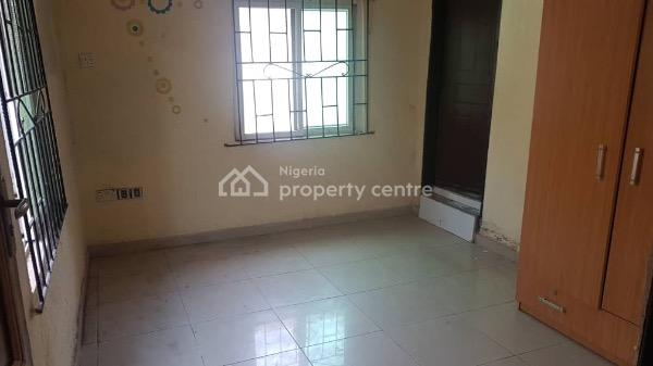 Nicely Built Self Contained, Gated Compound and Clean Treated Water, Lekki Phase 1, Lekki, Lagos, Self Contained (single Rooms) for Rent