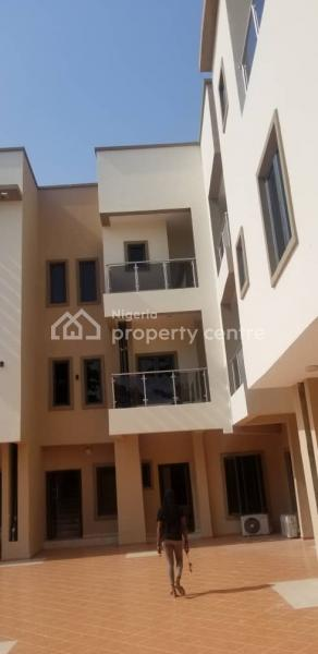 3 Bedroom Serviced Apartment, Off Admiralty Road, Lekki Phase 1, Lekki, Lagos, Flat for Rent
