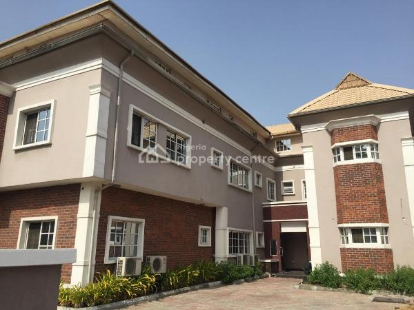 Well Finished 3 Bedroom Flat with Swimming Pool, Lekki Phase 1, Lekki, Lagos, House for Rent