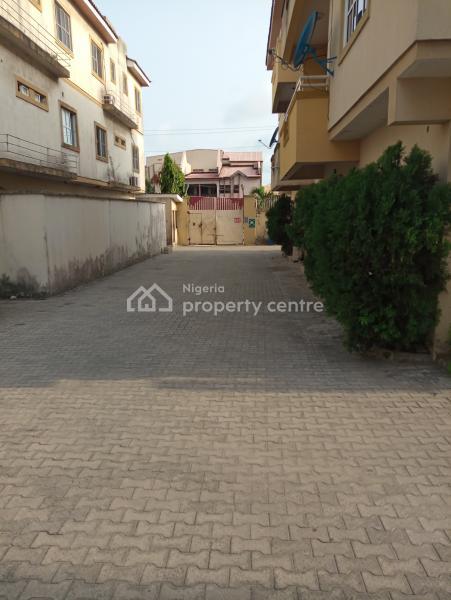 5 Bedroom Town House, an Estate,off Alpha Beach New-road, Igbo Efon, Lekki, Lagos, Detached Duplex for Rent