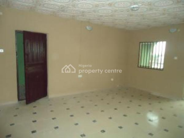 3 Bedroom Flat Apartment, Well Spacious, Along Ologunfe Road, Awoyaya, Ibeju Lekki, Lagos, Flat for Rent