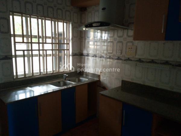 2 Bedroom Terrace, Lekki Phase 1, Lekki, Lagos, Terraced Bungalow for Rent