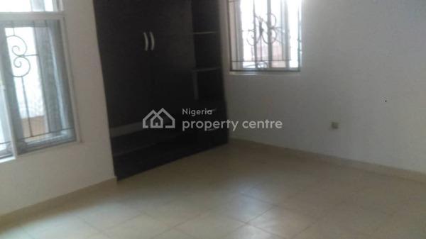 Spacious 3 Bedroom Flat, Chevron Drive, Lekki Phase 1, Lekki, Lagos, Flat for Rent
