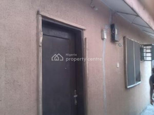 Renovated Tiled Self Con, Enugu South, Achara Layout, Enugu, Enugu, House for Rent