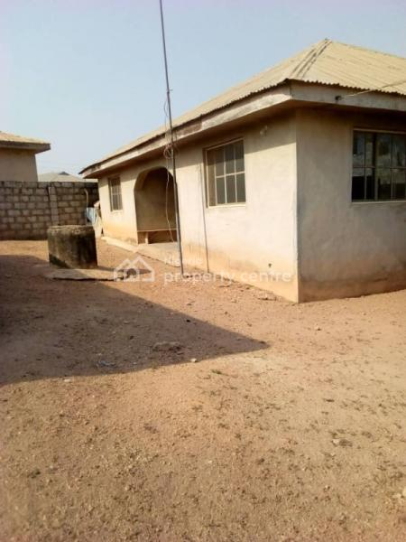 3 Bedroom Bungalow with Uncompleted Hall on a Plot of Land at Apapa Estate, Apapa Estate Moniya Ibadan, Ibadan, Oyo, Detached Bungalow for Sale