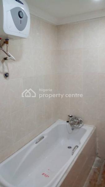 5 Bedroom Duplex, Community Road, Akoka, Yaba, Lagos, Flat for Rent