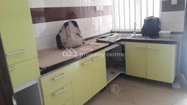 Newly Renovated 2 Bedroom Flat, Lekki Phase 1, Lekki, Lagos, Flat for Rent