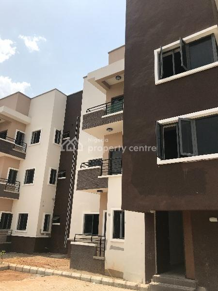 We Still Letting 3 Bedroom Apartment with Bq : Acs, Cooker, Extractor, Microwave, Oven, Utako, Abuja, Flat for Rent