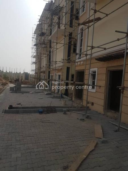 Distress Sale of 4 Bedroom Terrace Duplex with Bq, Close to Roundabout, Galadimawa, Abuja, Terraced Duplex for Sale