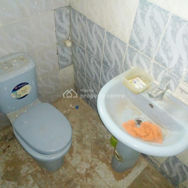 a Well Renovated 3 Bedroom Apartment, Zone 3, Wuse, Abuja, Flat for Rent