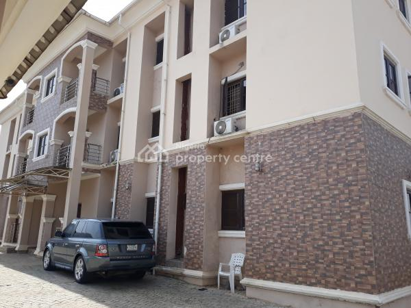 Exquisitely Built 3 Bedrooms Serviced Apartment with Maids Quarters, Diplomatic Zones, Katampe Extension, Katampe, Abuja, Flat for Rent
