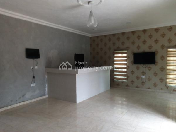 Functional Hotel, Off Summit Road, Asaba, Delta, Hotel / Guest House for Sale