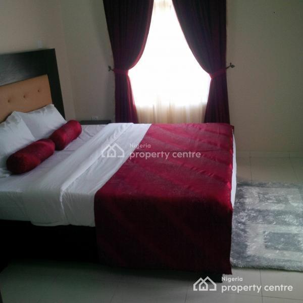 an Elegantly Furnished 2 Bedroom Flat with Swimming Pool, Lekki Phase 1, Lekki Phase 1, Lekki, Lagos, Flat Short Let