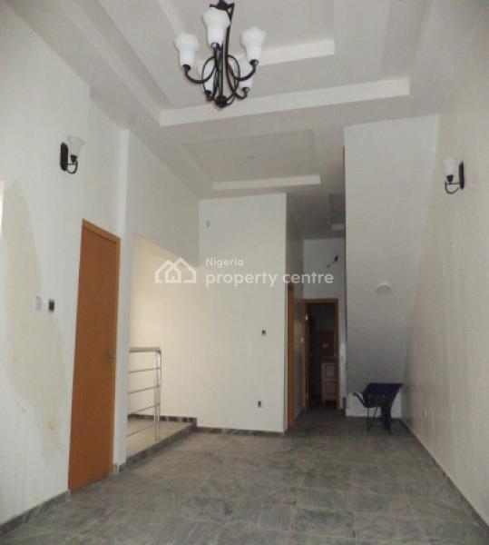 4 Bedroom Semi-detached House with a Room Boy's Quartercode Lkk, White Oak Estate, Ologolo, Lekki, Lagos, Semi-detached Duplex for Sale