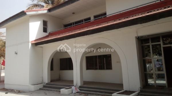 4 Bedroom Semi-detached Duplex with 2 Rooms Bq, Nasir Abdul Gamel Close, Off Julius Nyerere Crescent, Off Yakubu Gowon Crescent, Guzape District, Abuja, Semi-detached Duplex for Rent